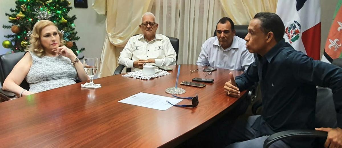 El alcalde reunido con directivos del Consejo Económico y Social